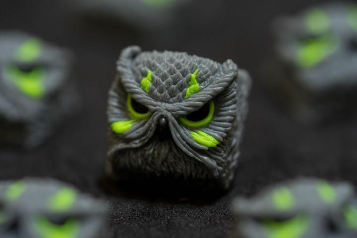 Alpha Keycaps - Neon Sucker keypora