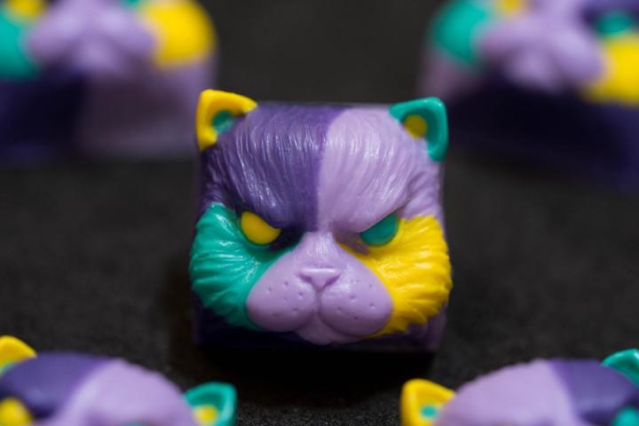 Alpha Keycaps - Stale Taro salvador