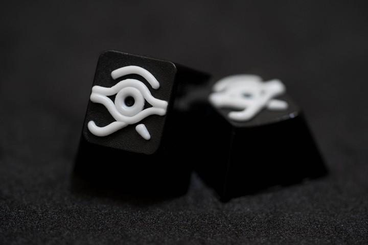 Alpha Keycaps - Tuxedo Matapora