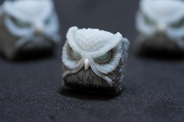 Alpha Keycaps - Ice Ghoul Keypora